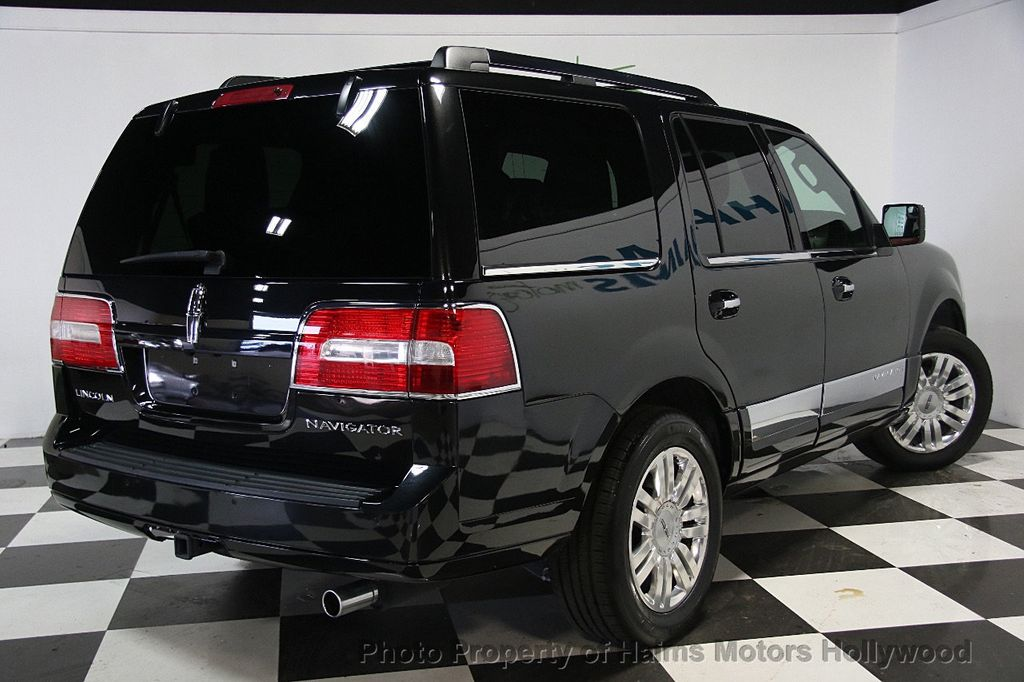 2014 Lincoln Navigator 4WD 4dr - 17048416 - 6