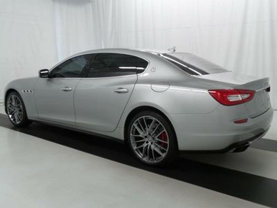 2014 Maserati QUATTROPORTE GTS - Click to see full-size photo viewer