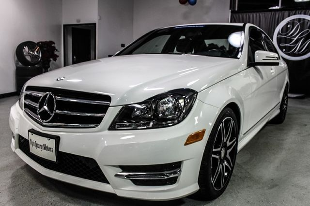 2014 Mercedes Benz C Class 4dr Sedan C300 Sport 4MATIC