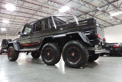 2014 Mercedes-Benz  G63 AMG 6x6 - Click to see full-size photo viewer