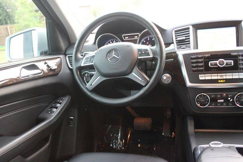 2014 Mercedes-Benz M-Class 4MATIC 4dr ML 350 - 17997355 - 45