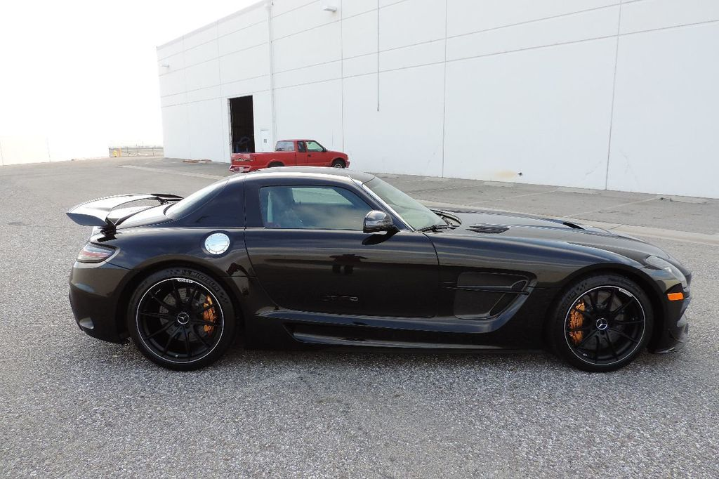 2014 Mercedes-Benz SLS AMG Black Series 2dr Coupe SLS AMG Black Series Coupe - WDDRJ7HA5EA010928 - 4
