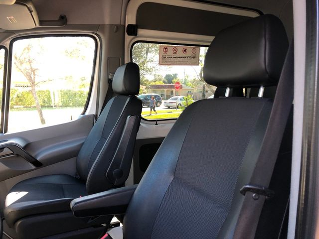 "2014 Mercedes-Benz Sprinter Passenger Vans 2500 170"" - Click to see full-size photo viewer"