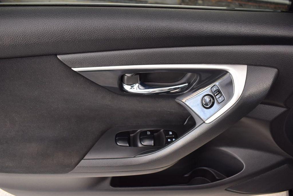 2014 Nissan Altima  - 18592388 - 13