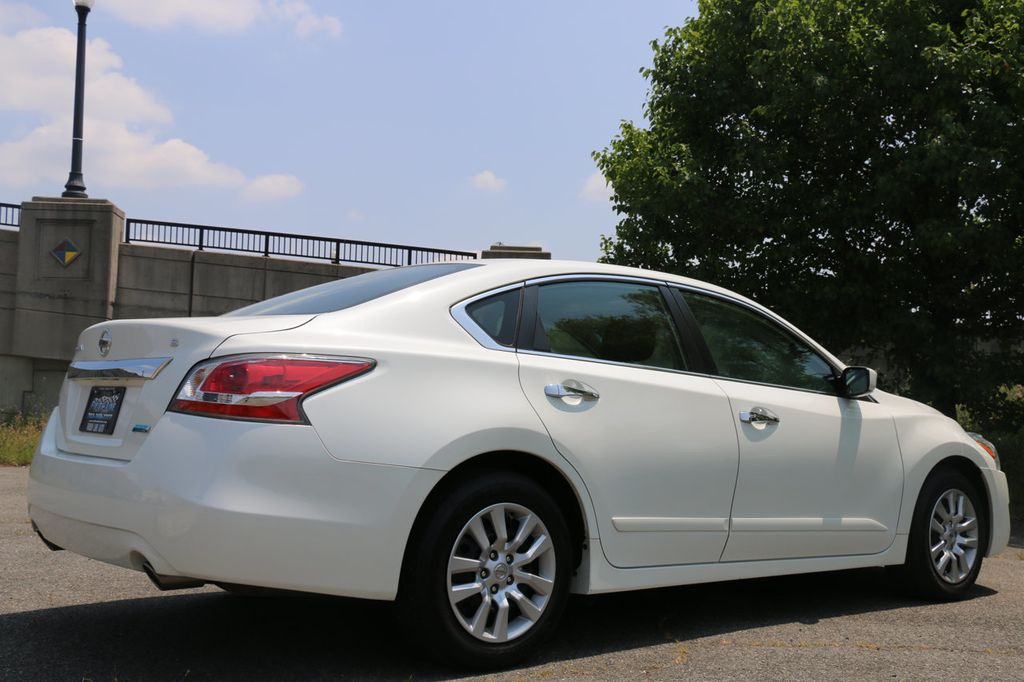 2014 used nissan altima 4dr sedan i4 2 5 s at finish line auto serving springfield va iid 16499287. Black Bedroom Furniture Sets. Home Design Ideas