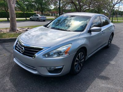 2014 Nissan Altima 4dr Sedan I4 2.5 SV