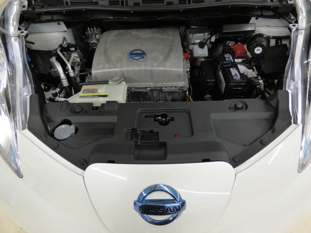 2014 Nissan Leaf FREE HOME DELIVERY UP TO 200 MILES AWAY - Click to see full-size photo viewer