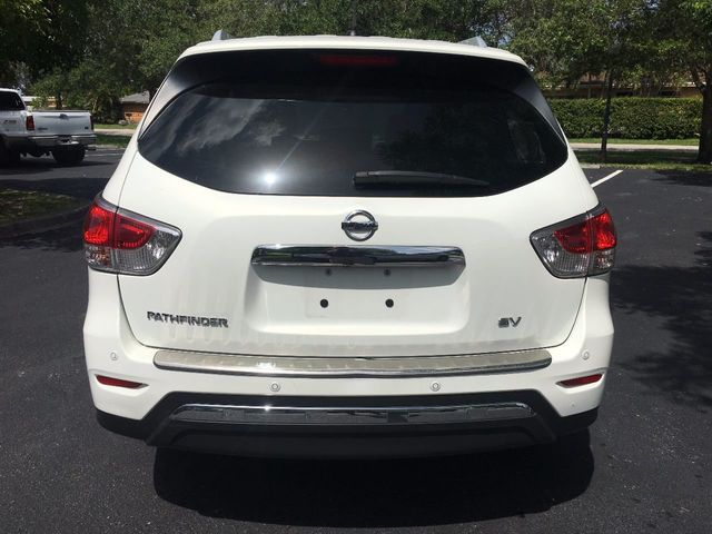 2014 Nissan Pathfinder 2WD 4dr SV - Click to see full-size photo viewer