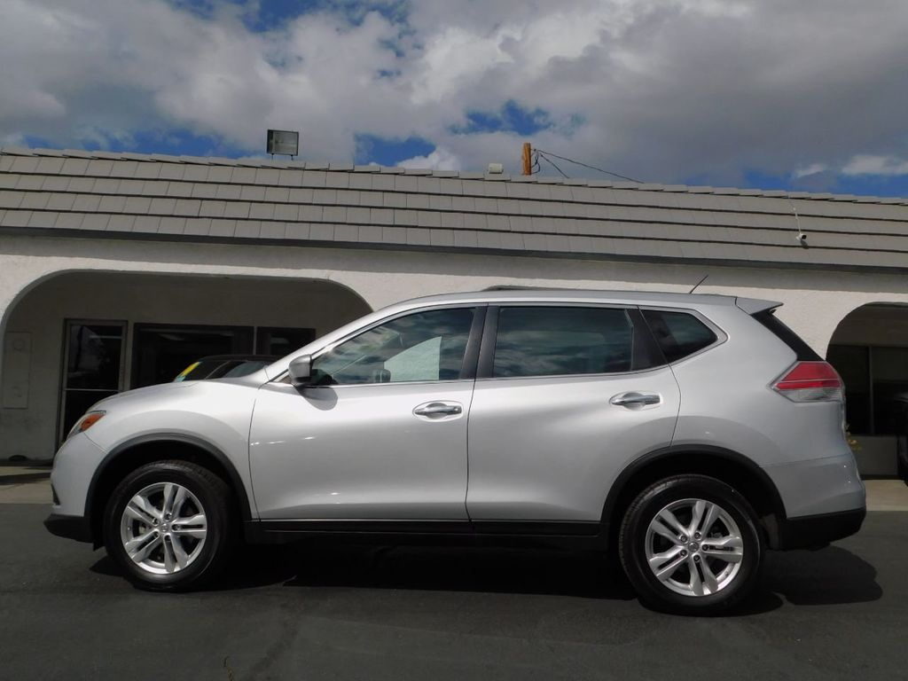 2014 Nissan Rogue AWD w/ SV Trim Package - 18101885 - 3
