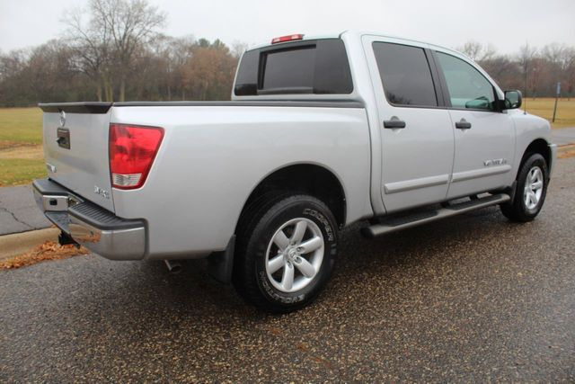 2014 Nissan Titan 4WD CREW CAB SV PICK-UP TRUCK - Click to see full-size photo viewer