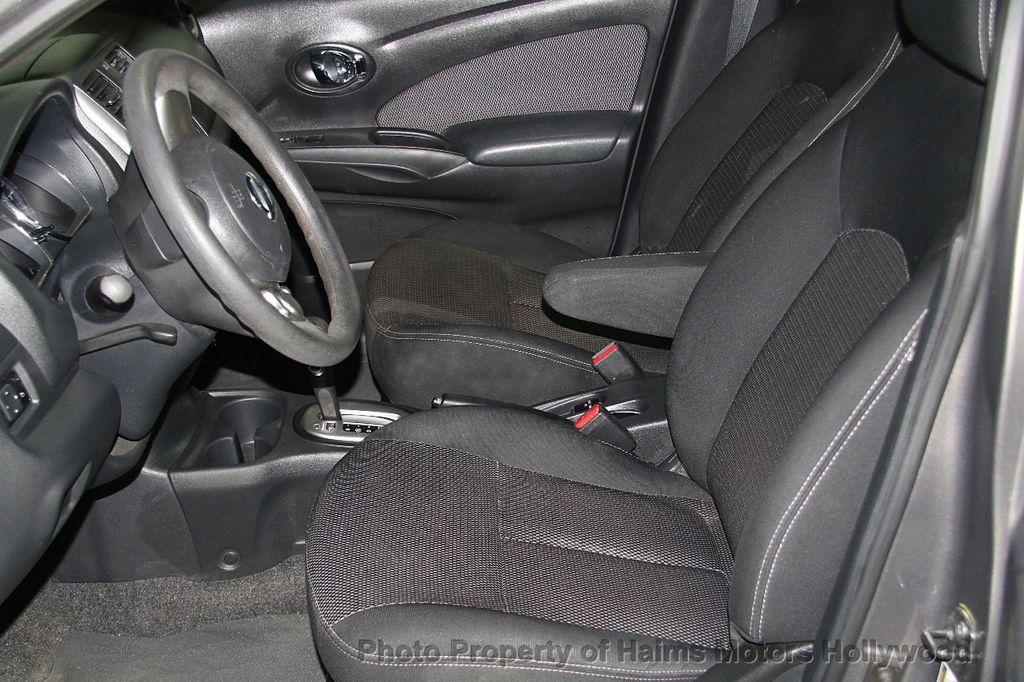 2014 Nissan Versa 4dr Sedan CVT 1.6 SV - 17286562 - 18