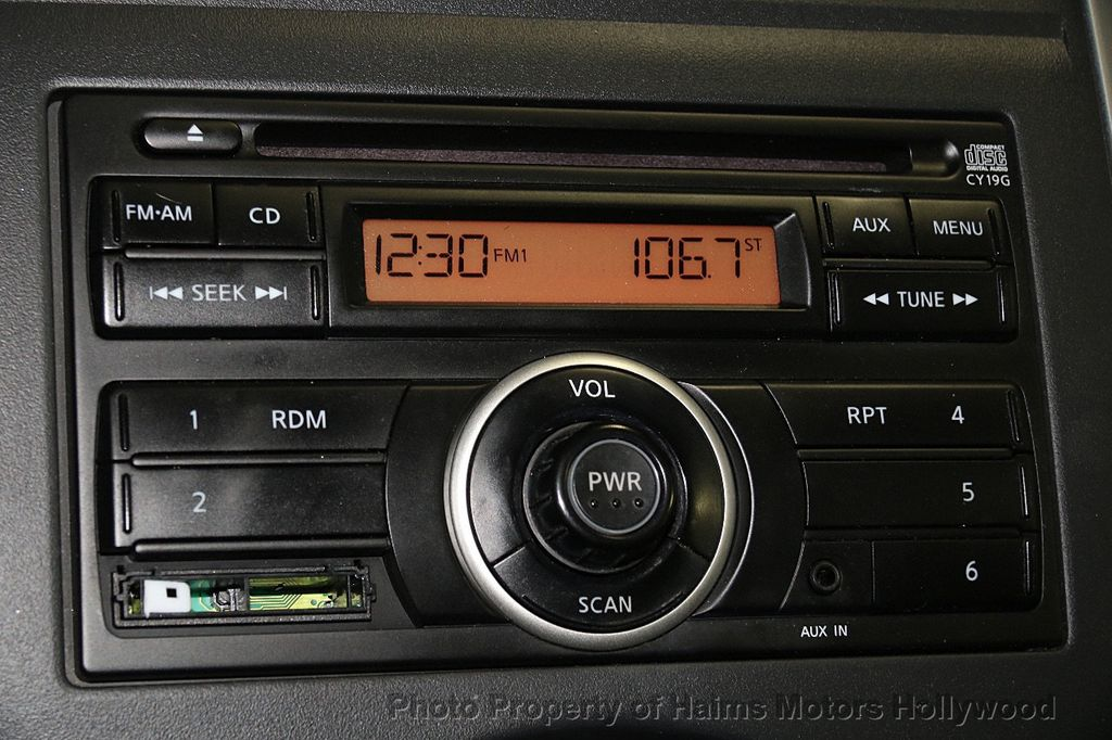 2014 Nissan Versa 4dr Sedan CVT 1.6 SV - 17286562 - 21