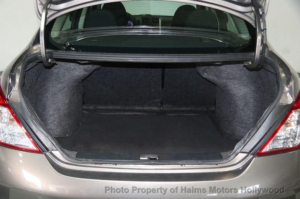 2014 Nissan Versa 4dr Sedan CVT 1.6 SV - 17286562 - 7