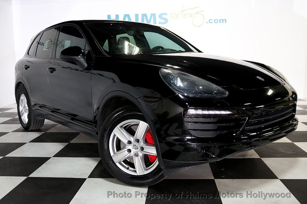 2014 Porsche Cayenne Base Trim - 17753006 - 3