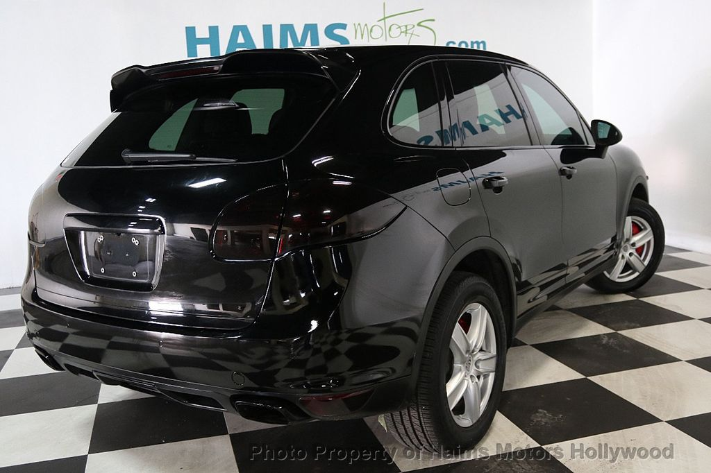 2014 Porsche Cayenne Base Trim - 17753006 - 6