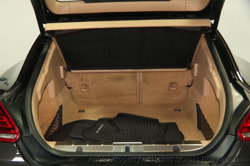 porsche panamera kofferraum der kofferraum des neuen porsche panamera 495 liter volumen was f r. Black Bedroom Furniture Sets. Home Design Ideas