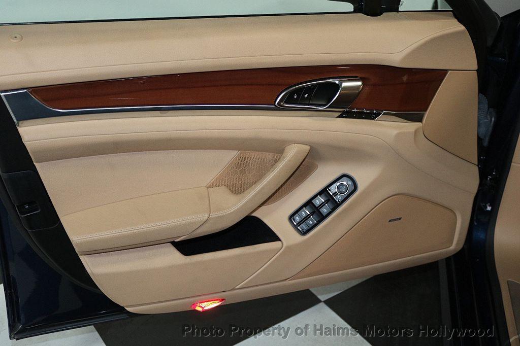 2014 Porsche Panamera 4dr Hatchback - 17509755 - 10