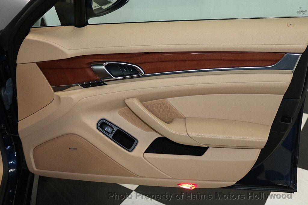 2014 Porsche Panamera 4dr Hatchback - 17509755 - 13