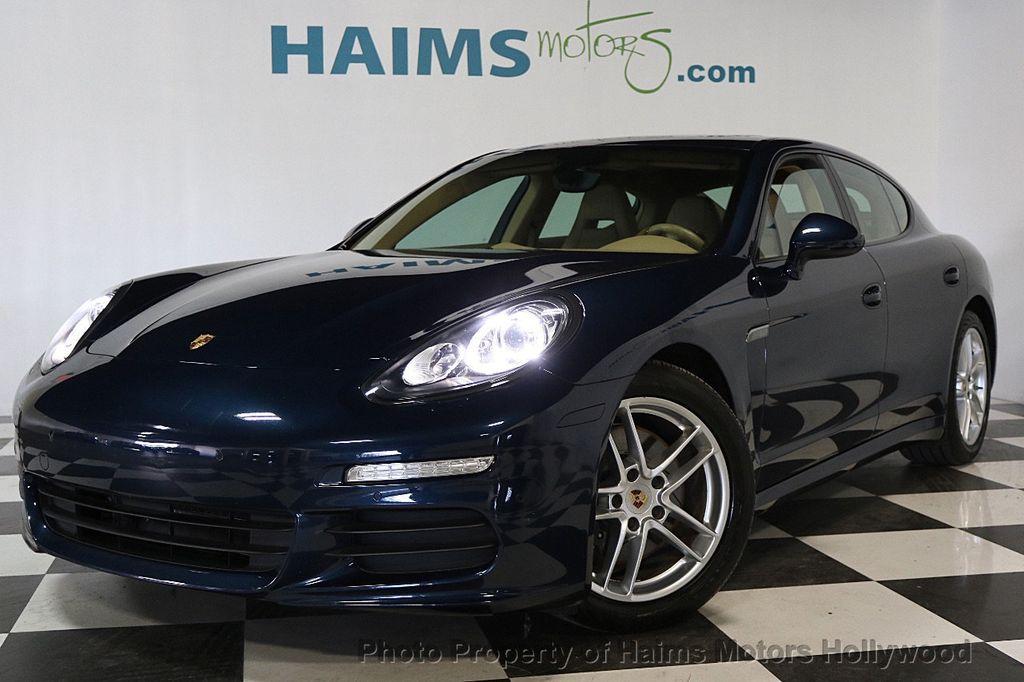 2014 Porsche Panamera 4dr Hatchback - 17509755 - 1