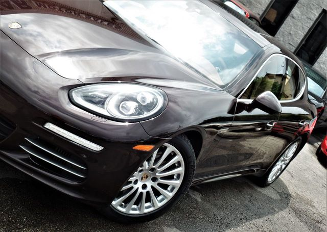 2014 Porsche Panamera 4dr Hatchback 4S - Click to see full-size photo viewer
