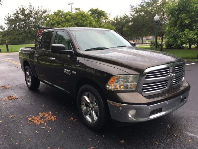 "2014 Ram 1500 2WD Crew Cab 140.5"" Big Horn - Click to see full-size photo viewer"