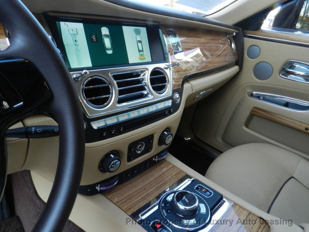 2014 Rolls-Royce Ghost 4dr Sedan - 17910503 - 12