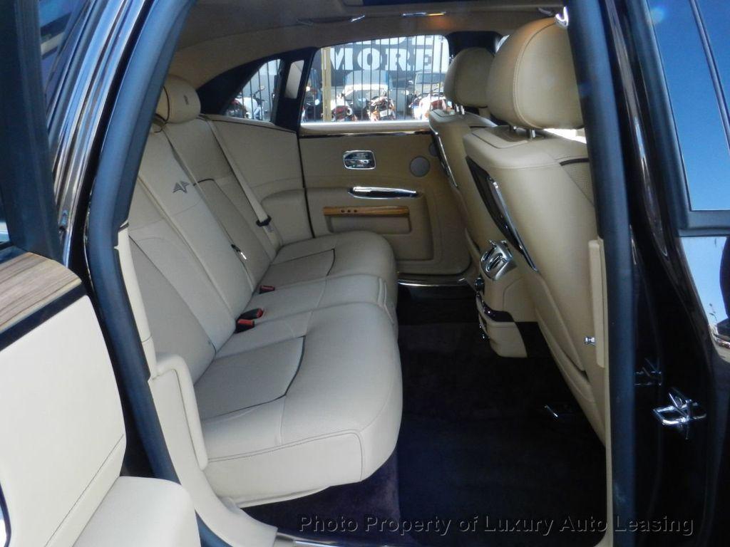 2014 Rolls-Royce Ghost 4dr Sedan - 17910503 - 26