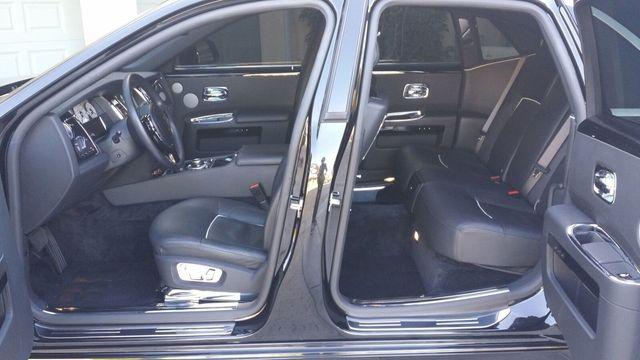 2014 Rolls-Royce Ghost Luxury 5 Place Sedan - 16916819 - 10