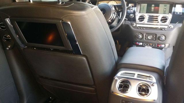 2014 Rolls-Royce Ghost Luxury 5 Place Sedan - 16916819 - 27