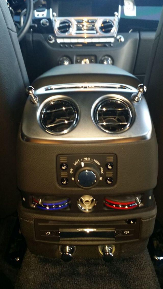 2014 Rolls-Royce Ghost Luxury 5 Place Sedan - 16916819 - 30