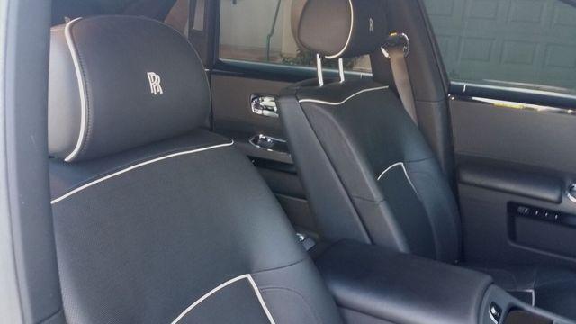 2014 Rolls-Royce Ghost Luxury 5 Place Sedan - 16916819 - 34