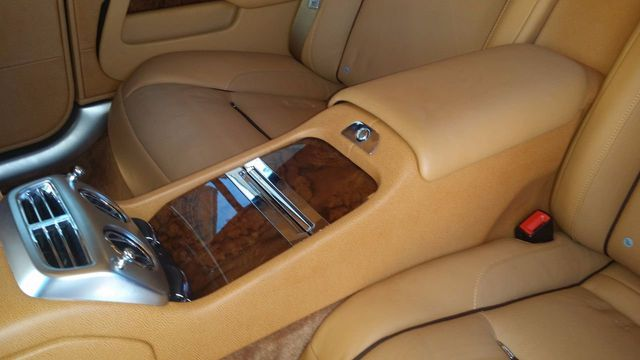 2014 Rolls-Royce Wraith 2dr Coupe - 15611800 - 23