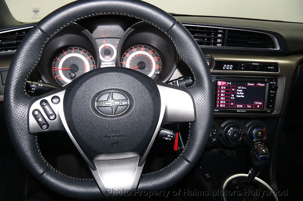 2014 Scion tC Base Trim - 16533936 - 23