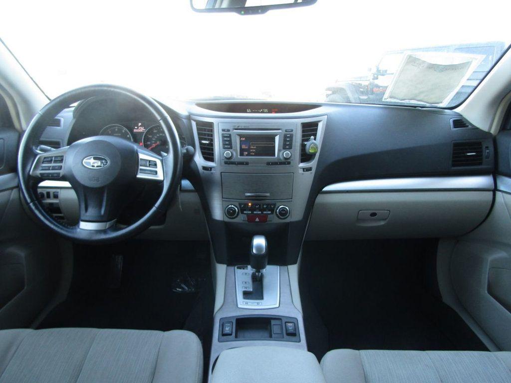 2014 Subaru Outback 4dr Wagon H4 Automatic 2.5i Premium - 16554645 - 9