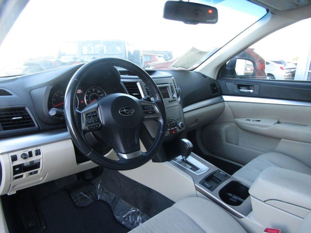 2014 Subaru Outback 4dr Wagon H4 Automatic 2.5i Premium - 16554645 - 10