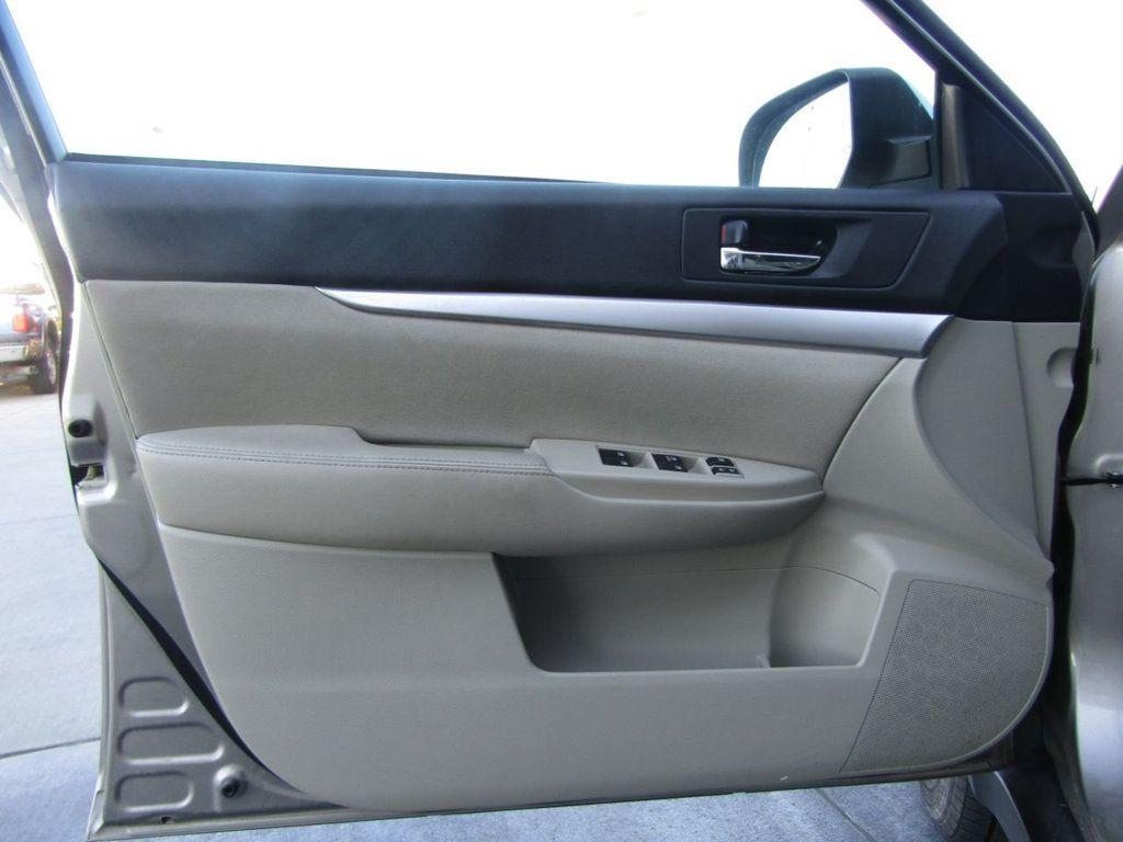 2014 Subaru Outback 4dr Wagon H4 Automatic 2.5i Premium - 16554645 - 30
