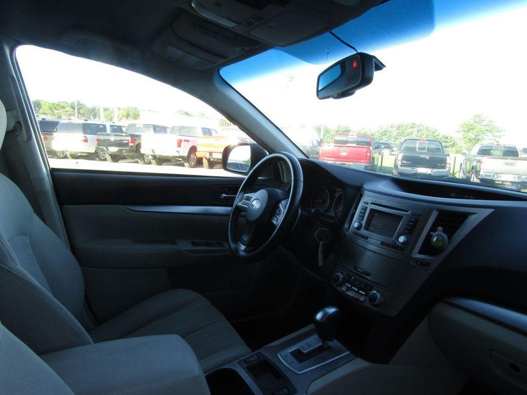 2014 Subaru Outback 4dr Wagon H4 Automatic 2.5i Premium - 16554645 - 8