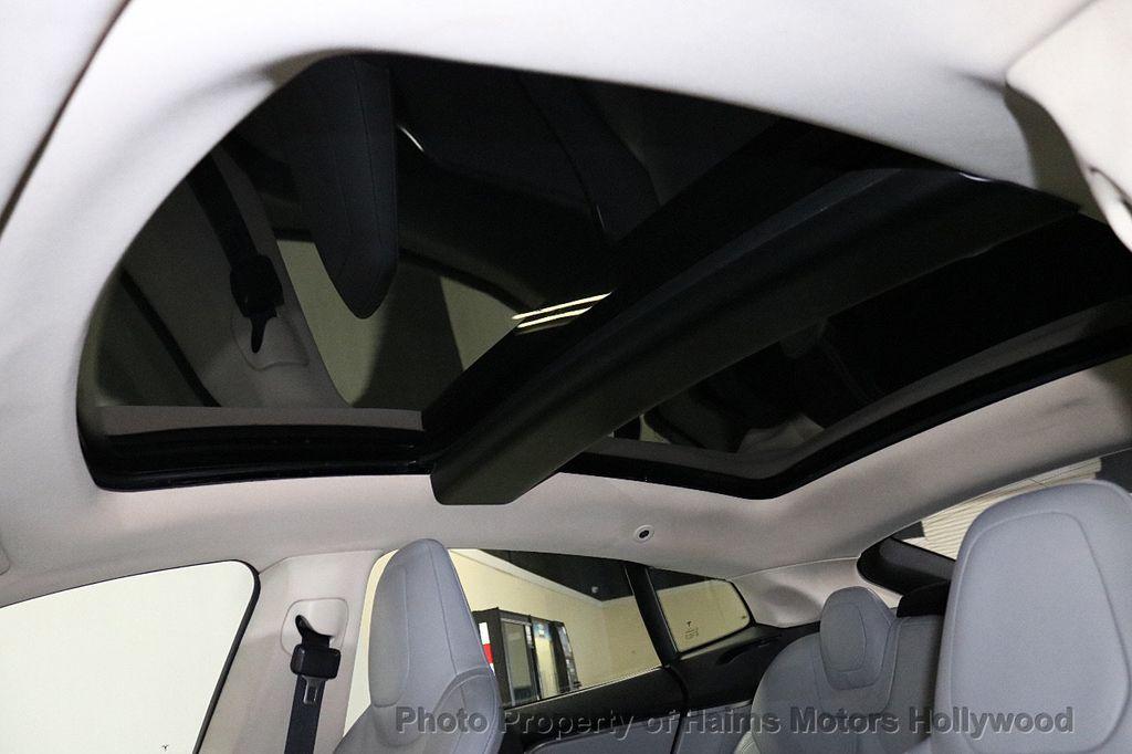 2014 Tesla Model S 4dr Sedan 85 kWh Battery - 18411958 - 22