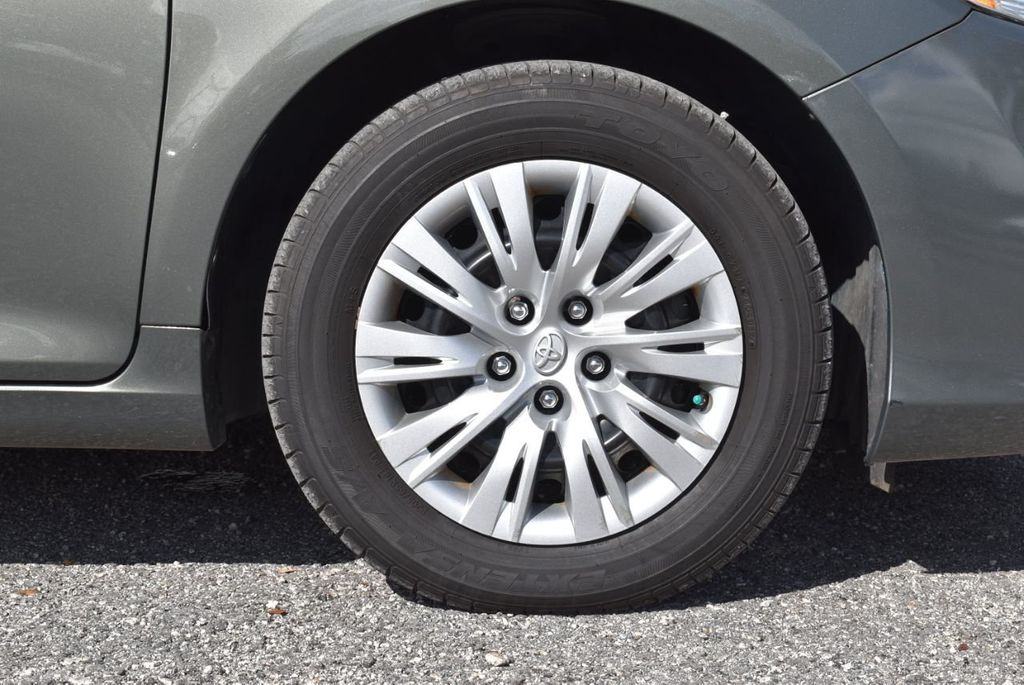 2014 Toyota Camry 2014.5 4dr Sedan I4 Automatic L - 18157158 - 10