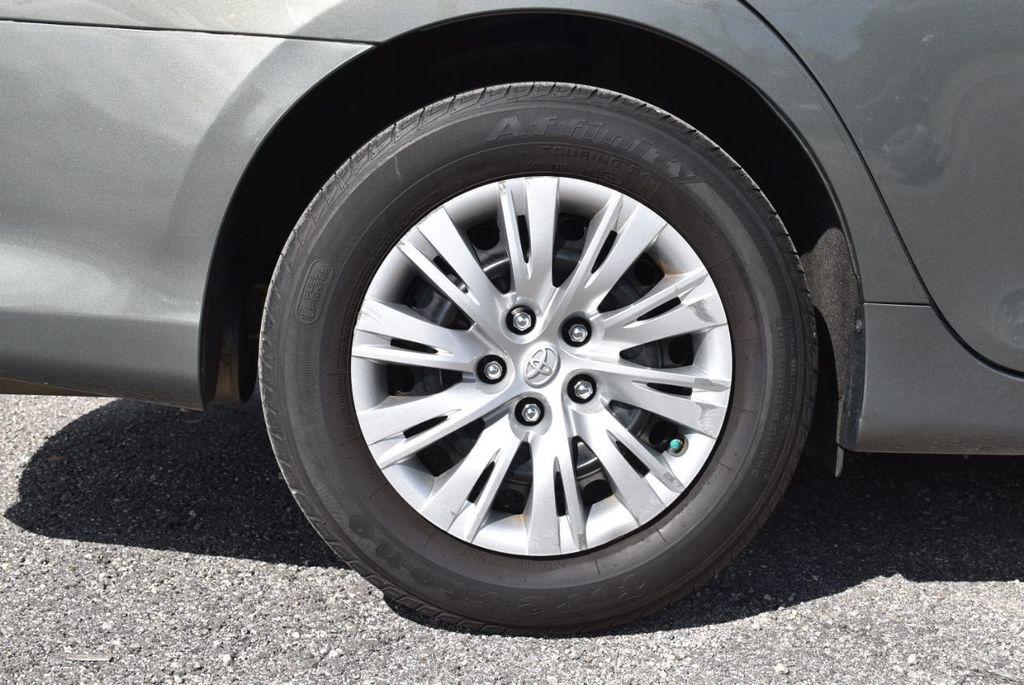 2014 Toyota Camry 2014.5 4dr Sedan I4 Automatic L - 18157158 - 11