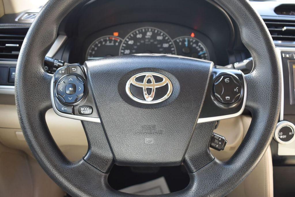 2014 Toyota Camry 2014.5 4dr Sedan I4 Automatic L - 18157158 - 17