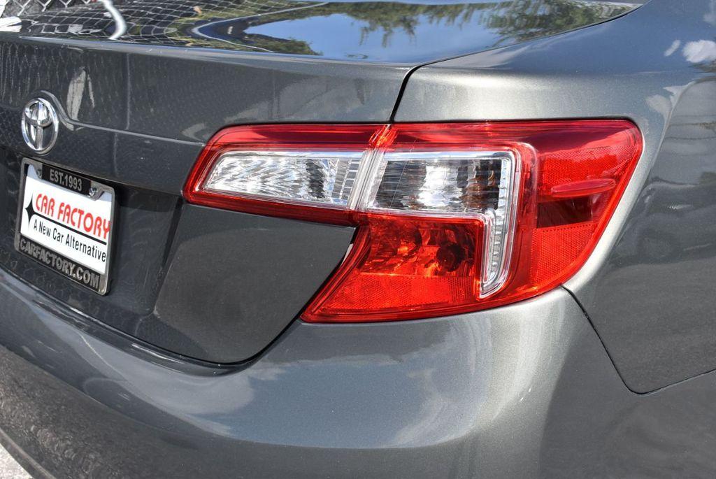 2014 Toyota Camry 2014.5 4dr Sedan I4 Automatic L - 18157158 - 1