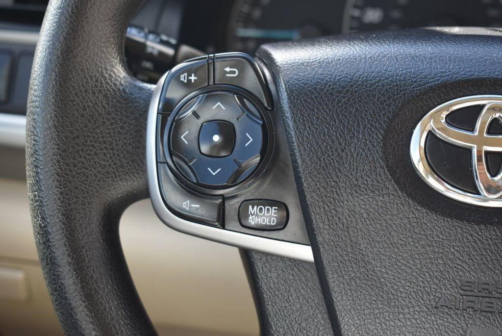 2014 Toyota Camry 2014.5 4dr Sedan I4 Automatic L - 18157158 - 19