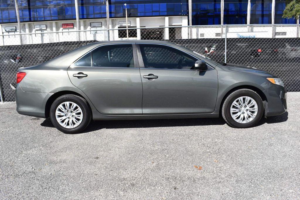 2014 Toyota Camry 2014.5 4dr Sedan I4 Automatic L - 18157158 - 2