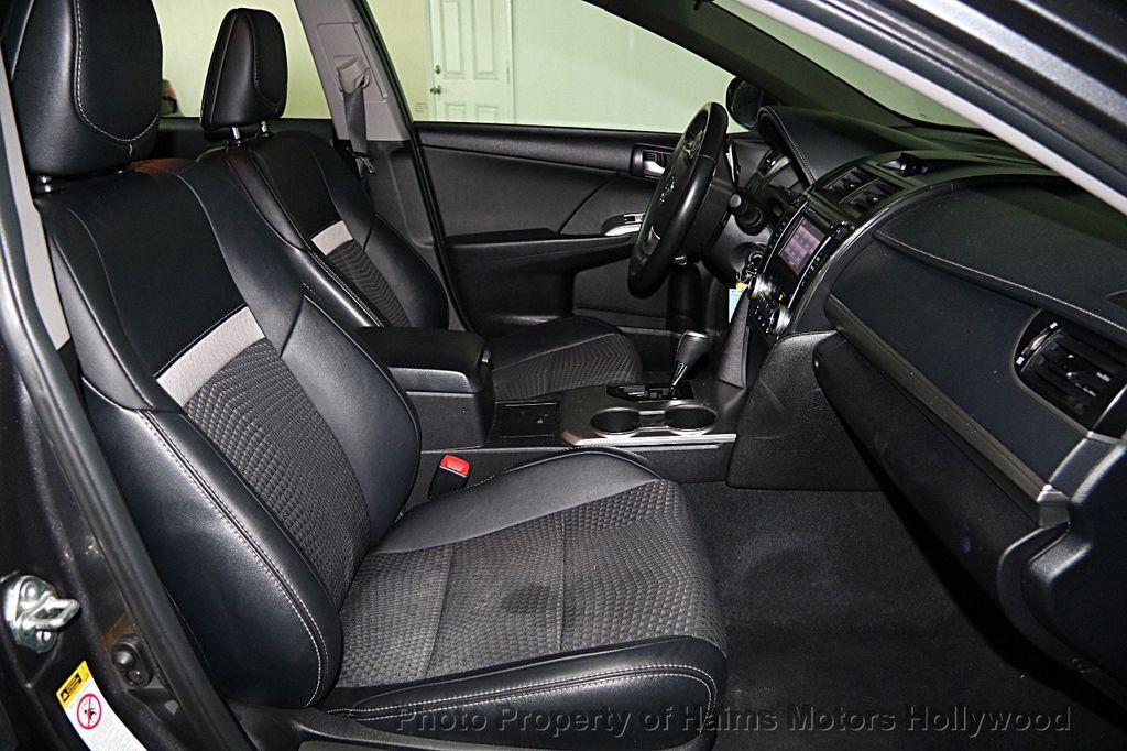 2014 Toyota Camry 2014.5 4dr Sedan I4 Automatic SE   15489731   12
