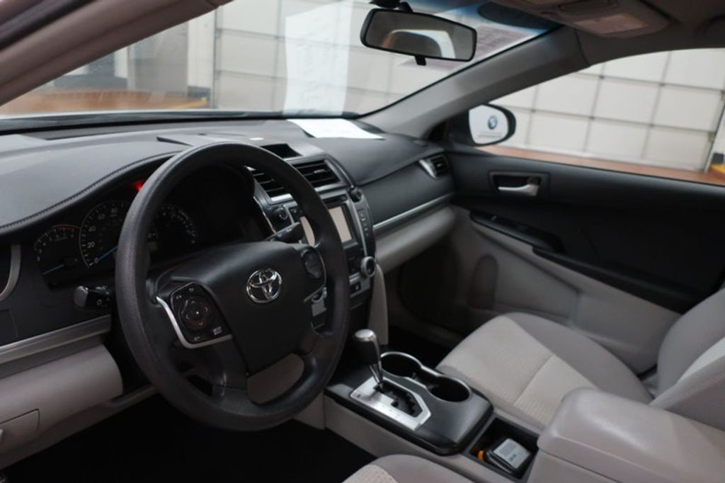 2014 Toyota Camry 4DR SDN I4 LE AT - 17113749 - 14