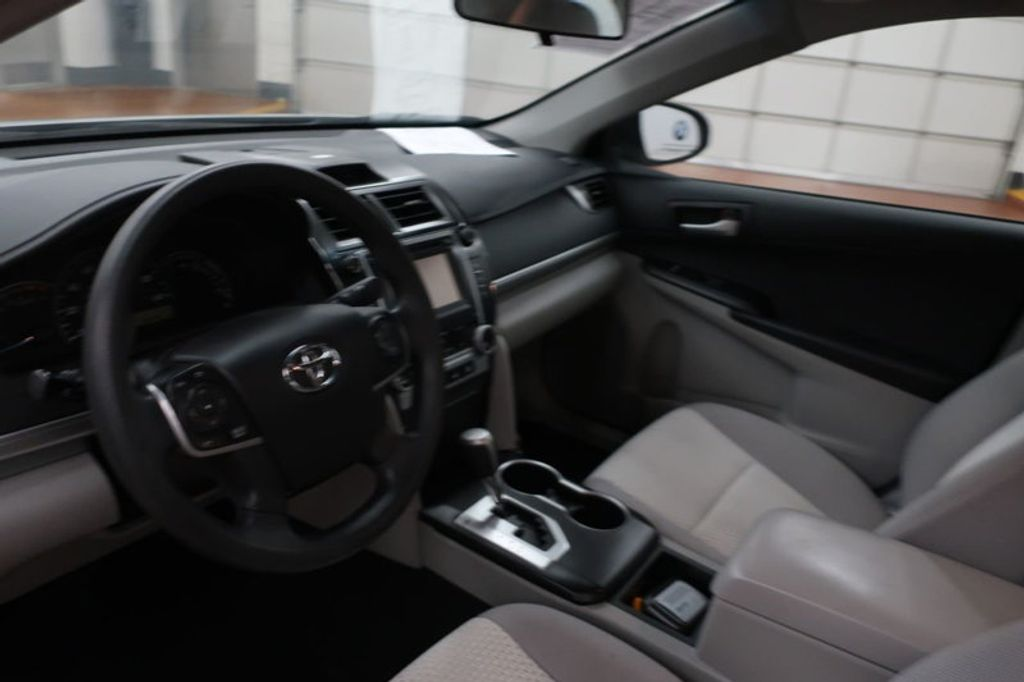 2014 Toyota Camry 4DR SDN I4 LE AT - 17113749 - 21
