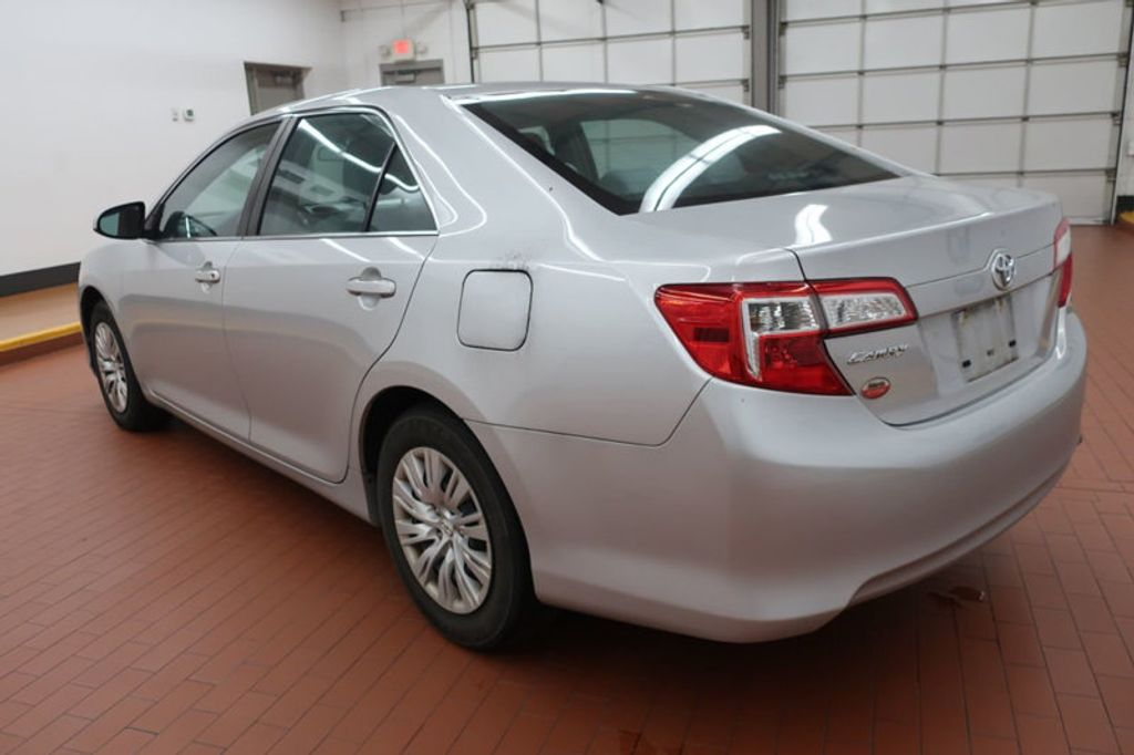 2014 Toyota Camry 4DR SDN I4 LE AT - 17113749 - 2