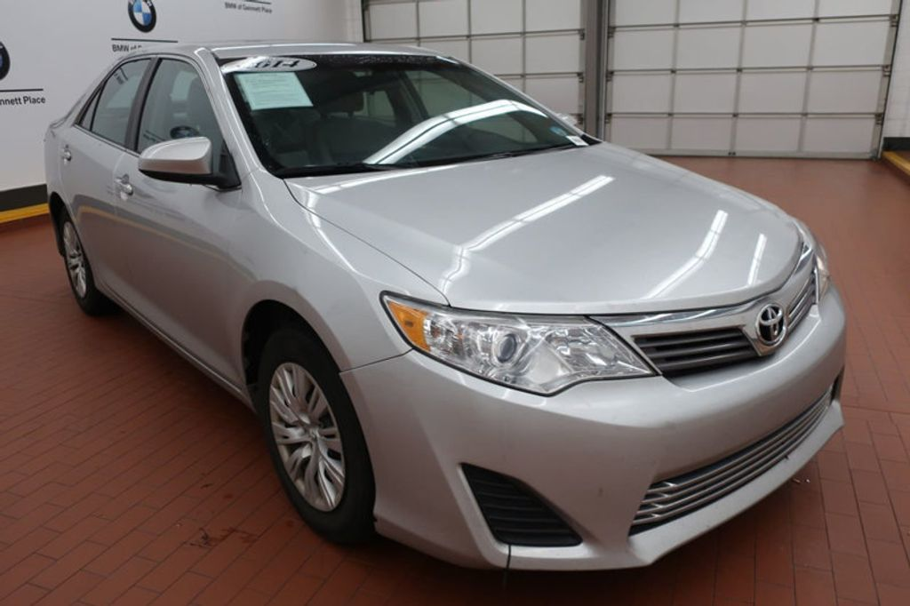 2014 Toyota Camry 4DR SDN I4 LE AT - 17113749 - 5