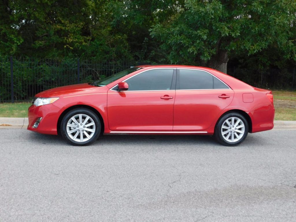 2014 Toyota Camry 4dr Sedan I4 Automatic XLE - 16824082 - 1